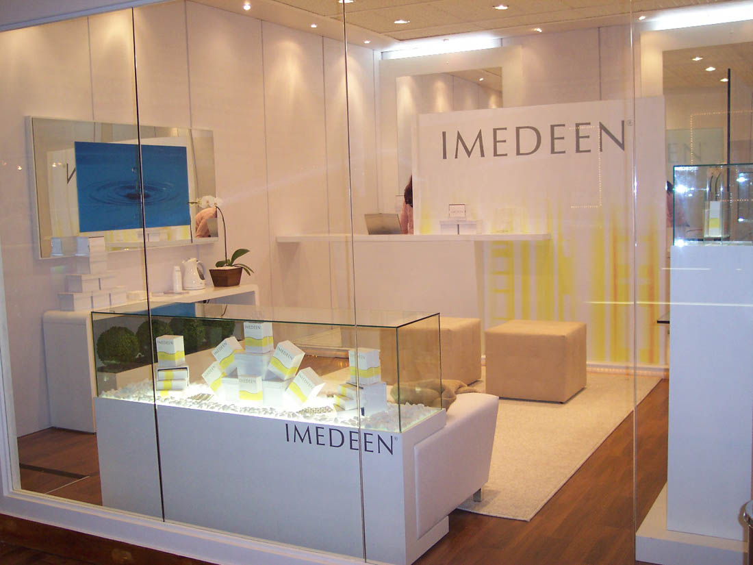 Stand – Pop Up Store – Imedeen